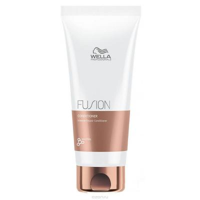 Wella Professionals kondicionér na vlasy Fusion Intense Repair 200ml